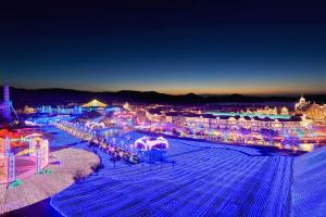 日本最大燈飾展+聖誕市集 九州長崎豪斯登堡「光
