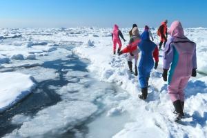 北海道10大冬季限定體驗活動 札幌雪祭・流冰步行・小樽雪燈之路.冰釣