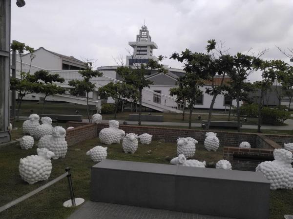 「詩步領羊」現身 台南 赤崁樓 童趣活化古迹 3