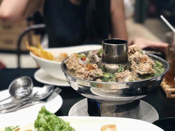 泰國風味限定 泰式大隻龍蝦火鍋 4