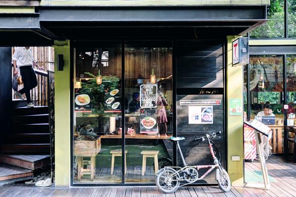 曼谷新興區 10 間超好 hea cafe 推介 20