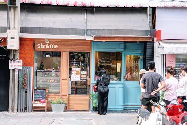 曼谷新興區 10 間超好 hea cafe 推介 9