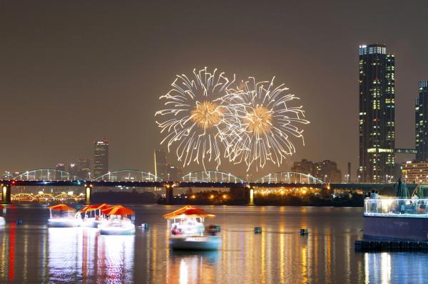 【韓國景點】 漢江Tubester觀光船回歸 坐小艇欣賞月光彩虹噴泉 7