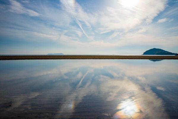 走進超魔幻美景 日本「天空之鏡」6選 12