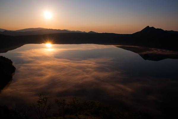 走進超魔幻美景 日本「天空之鏡」6選 3