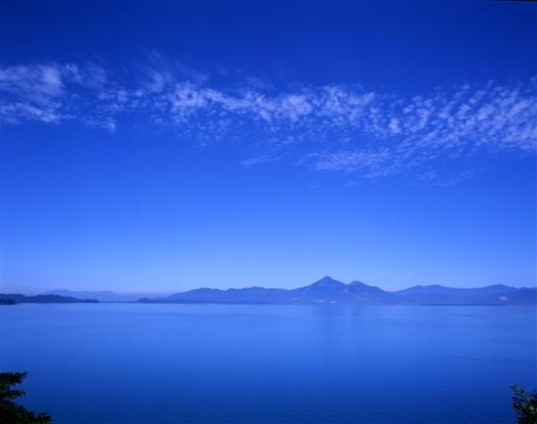 走進超魔幻美景 日本「天空之鏡」6選 7