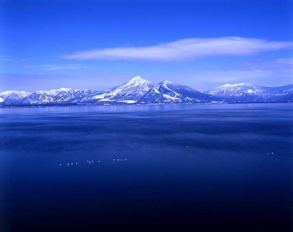 走進超魔幻美景 日本「天空之鏡」6選 8
