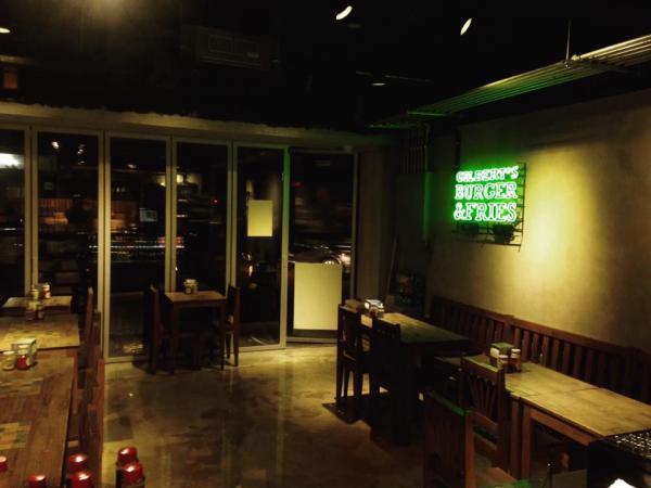 【韓國美食】芝士通粉多到滿瀉! 首爾手製漢堡店 18