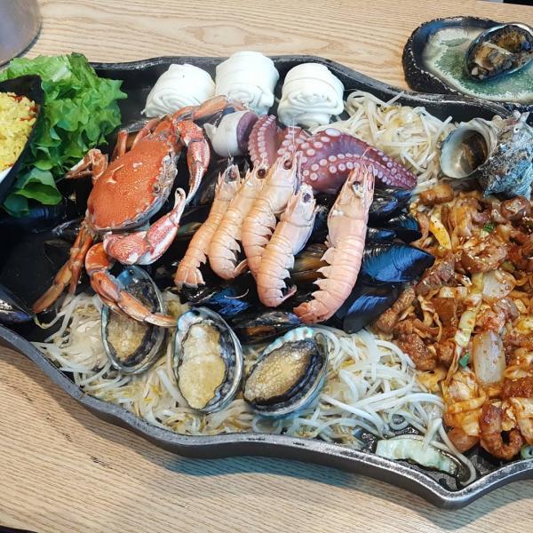 噴火即燒海鮮! 濟州島重量級海鮮拼盤 8