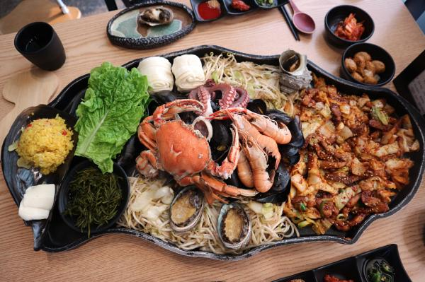 噴火即燒海鮮! 濟州島重量級海鮮拼盤 3