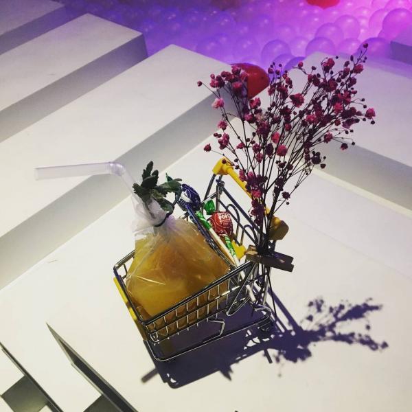 成人專用波波池! 首爾粉紅波波池酒吧 19