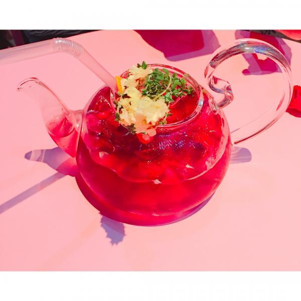 成人專用波波池! 首爾粉紅波波池酒吧 13