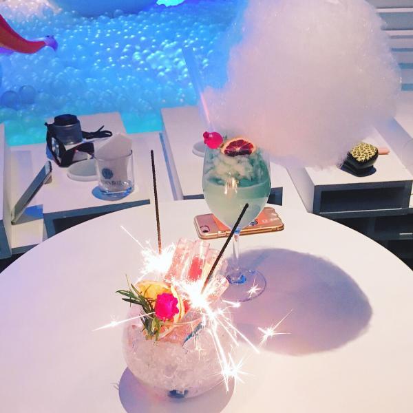 成人專用波波池! 首爾粉紅波波池酒吧 12