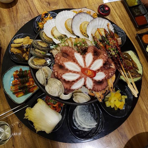 重量級海鮮菜包豬肉! 韓國大王海鮮菜包肉店 16