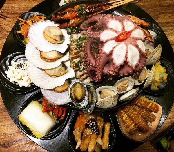 重量級海鮮菜包豬肉! 韓國大王海鮮菜包肉店 7