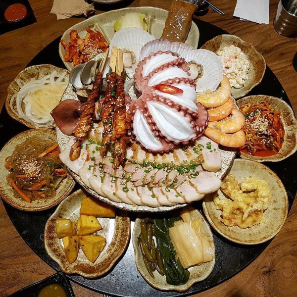 重量級海鮮菜包豬肉! 韓國大王海鮮菜包肉店 1
