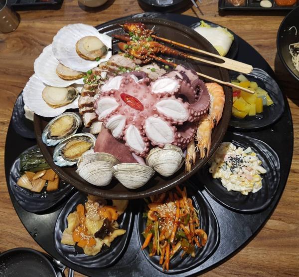 重量級海鮮菜包豬肉! 韓國大王海鮮菜包肉店 19