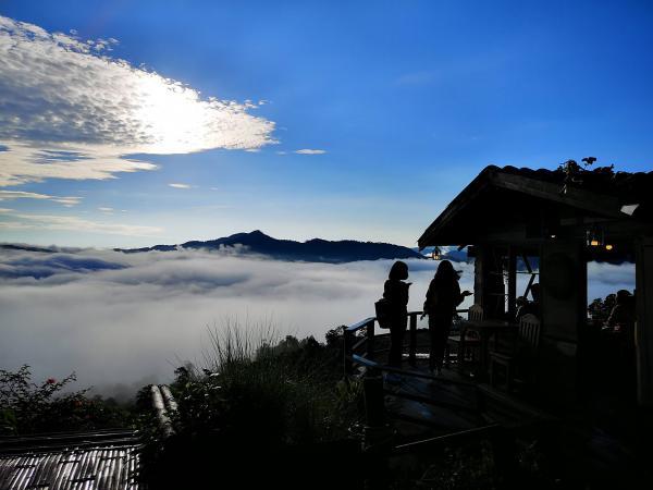 泰北Magic Mountain Cafe 置身梦幻云海中叹咖啡!