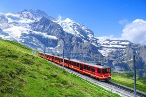 遊瑞士 闖雪山