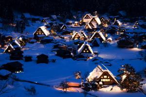 雪中童話村的白川鄉 (內含點燈日攻略)