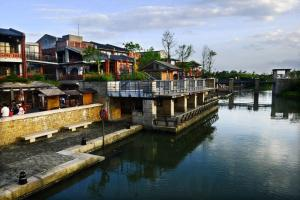 冬戀河畔:宜蘭溫泉季、傳統藝術中心